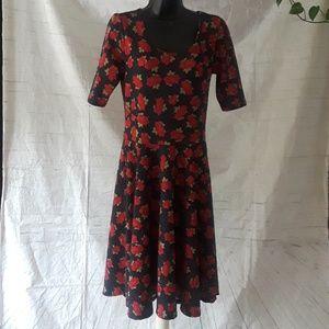 Lularoe flowers short sleeve flare bottom dress